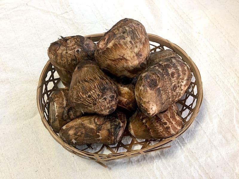 オリーブオイルを使って里芋の唐揚げ:肩身が狭かった里芋たち