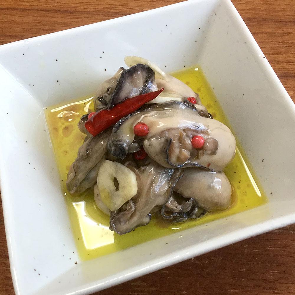 冬の牡蠣(かき)のオイル漬け
