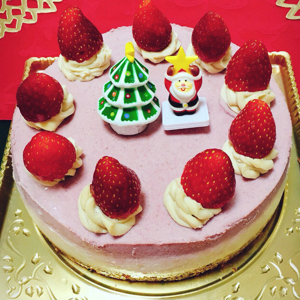 ココナッツオイルを使ったローフード クリスマスケーキ