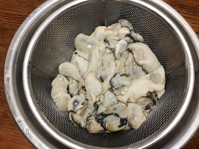 オリーブオイルと旬の牡蠣めし:プリプリの牡蠣