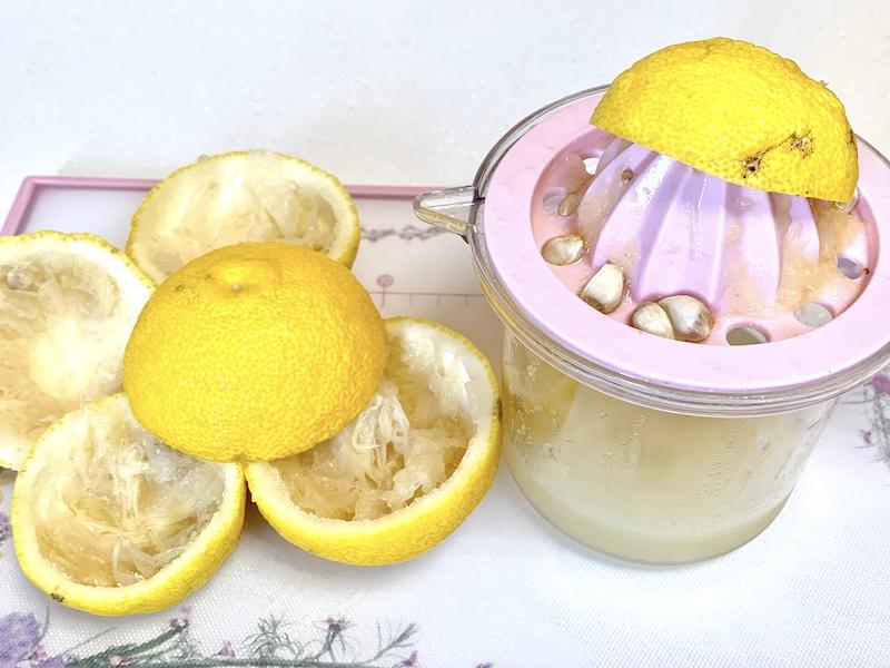 柚子とオリーブオイルが香るオニオンドレッシング