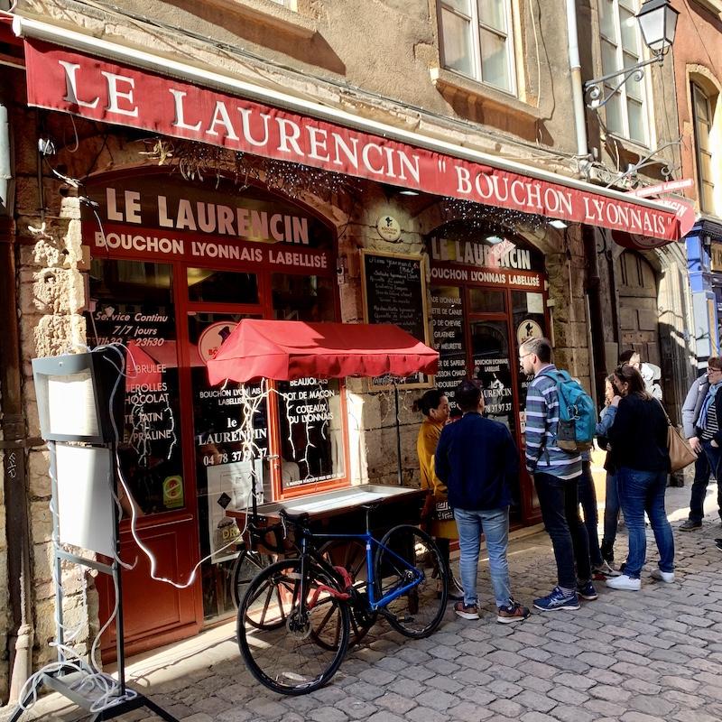 リヨンで人気のブション