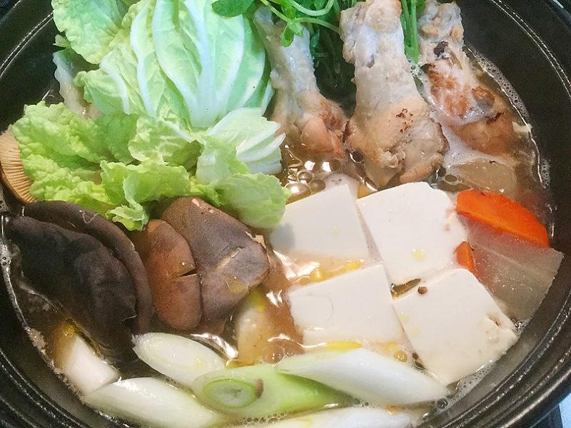 オリーブオイル×塩麹、でつくる鶏と根菜の煮物