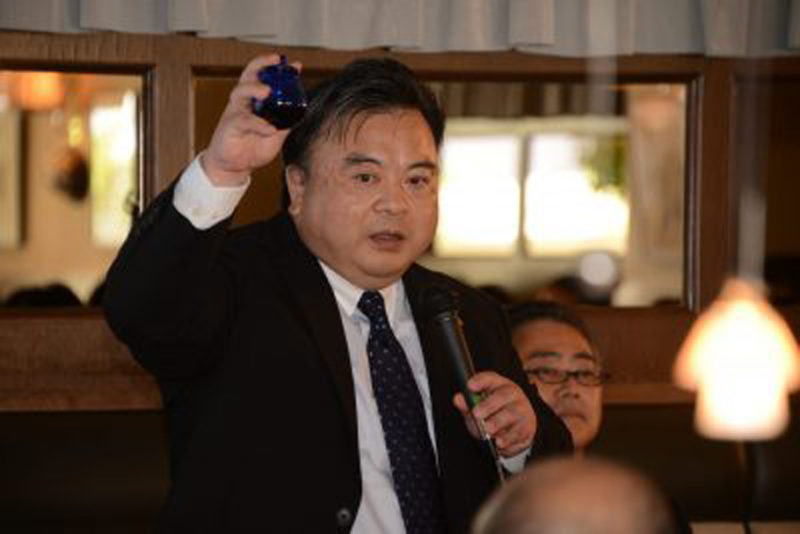 鈴木俊久氏