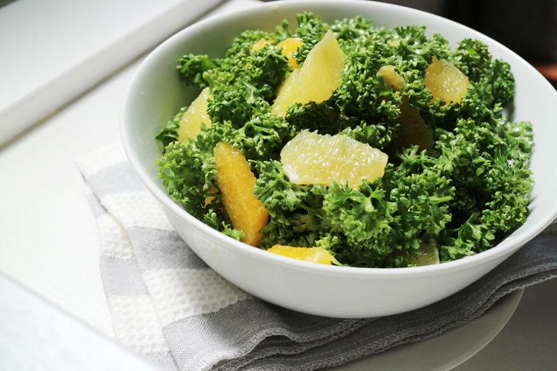 パセリのサラダ!?柑橘とオリーブオイルで香り立つ緑のブーケサラダ