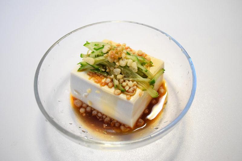 揚げ玉と豆腐が不思議と合う