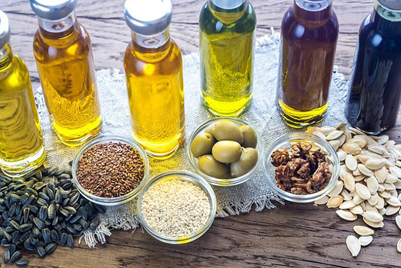 効能&食べる方法にも差があるんです!美容にいい植物油5種類/オイルを学ぼう
