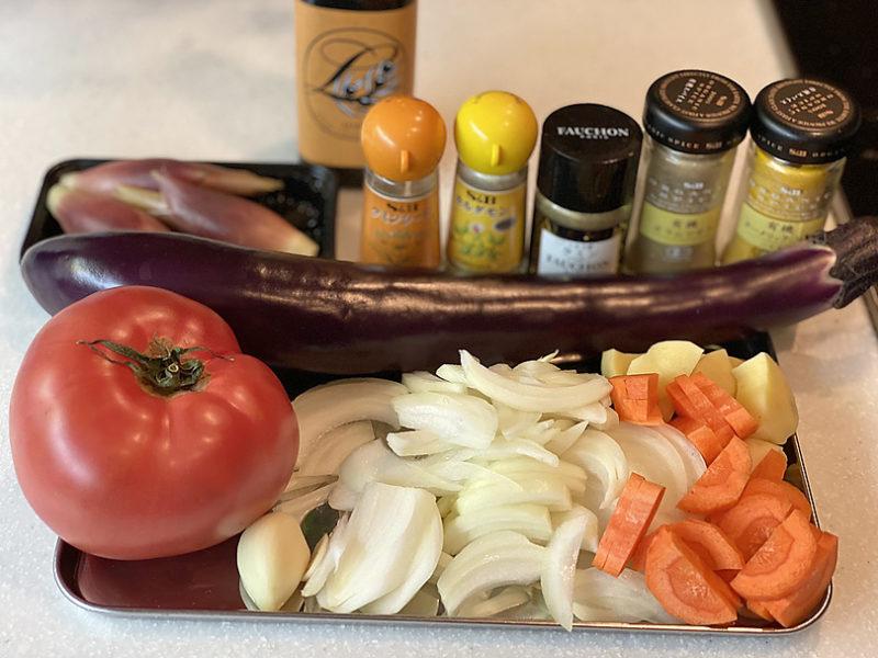 スパイス香る夏野菜たっぷり重ね煮カレーの作り方