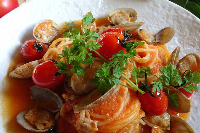 トマトとあさりのボンゴレ・ロッソ 、オリーブオイル香るパスタのレシピ