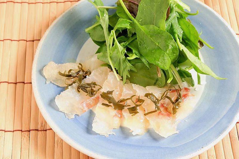 鯛の昆布締めカルパッチョ