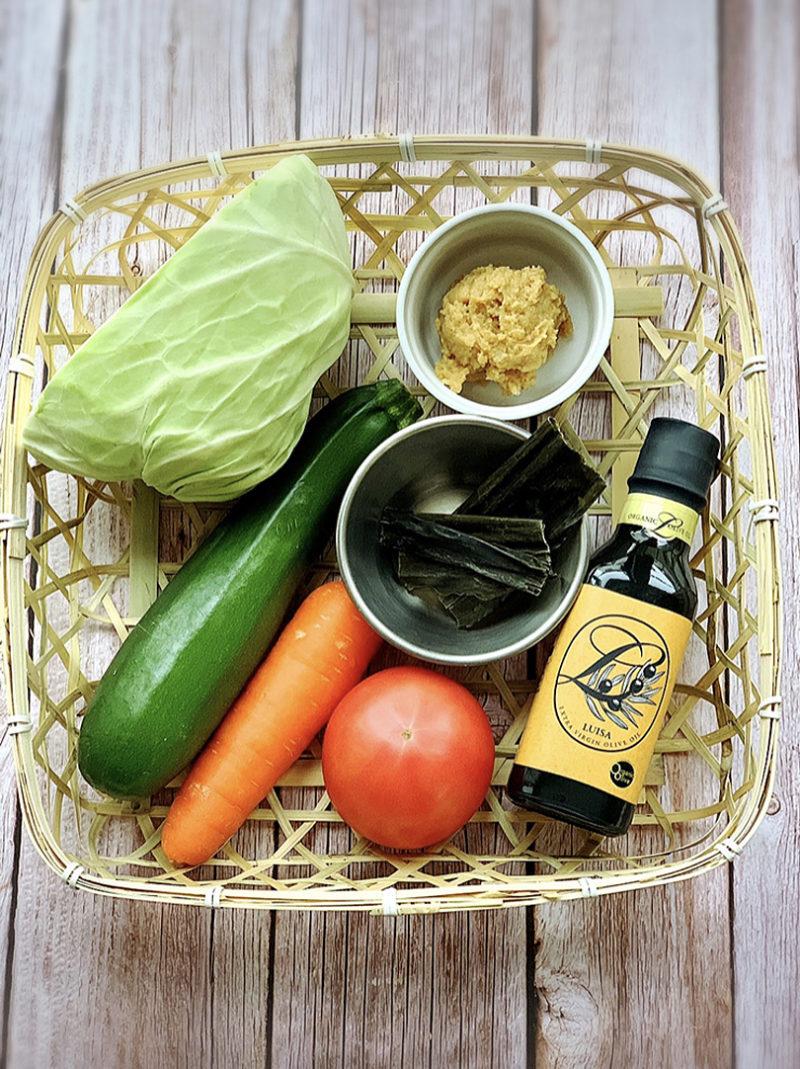 オリーブオイル野菜炒めの味噌汁の作り方