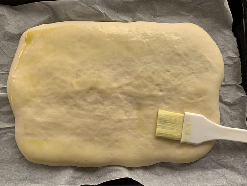 オリーブオイルを薄く塗る