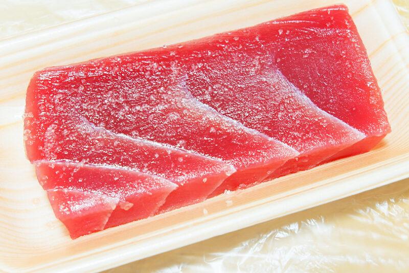 表面に塩を揉み込み、常温で10分置く