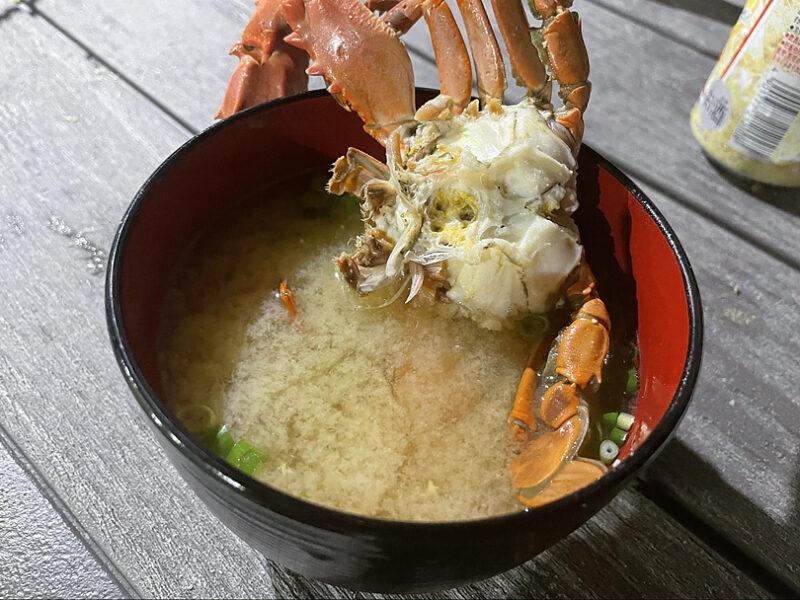 イシガニの味噌汁