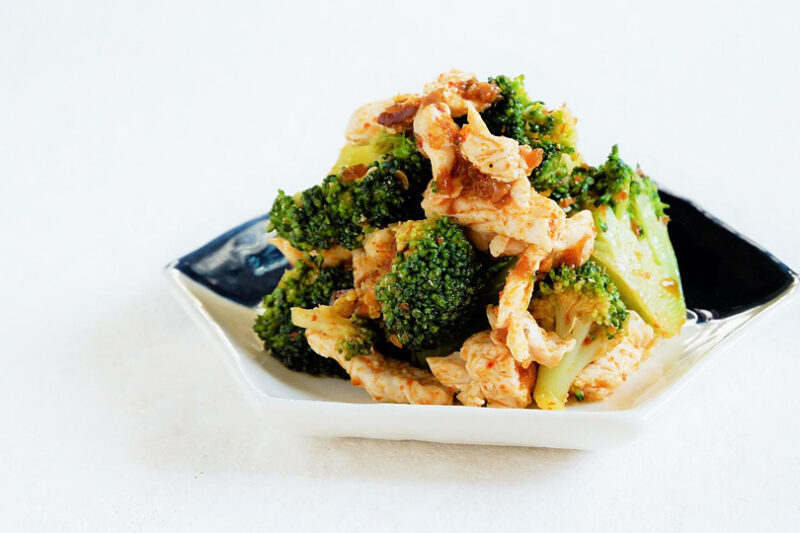 鶏肉とブロッコリーの麻辣和え
